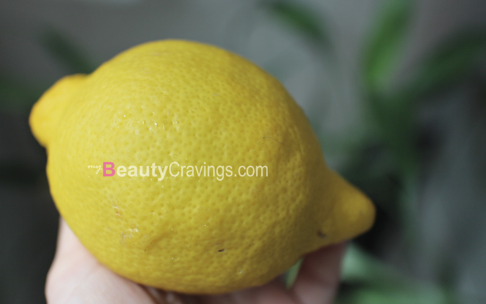 Lemon keeps pimples and wrinkles away