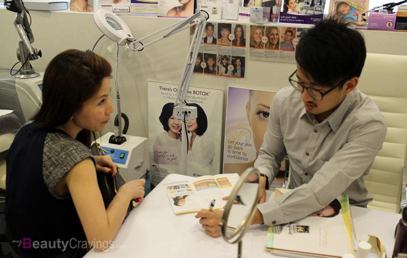 Consultation at Gangnam Laser Clinic