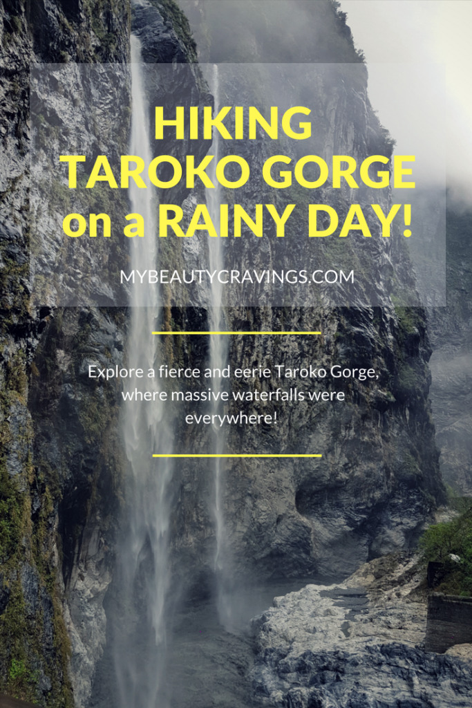 HIKING TAROKO GORGE on a RAINY DAY!