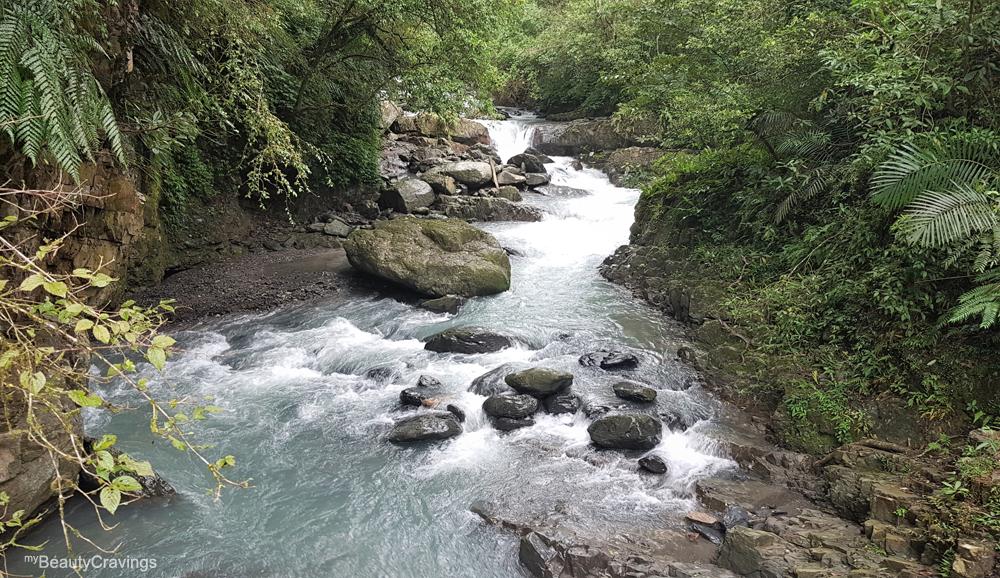Yuemeikeng Falls