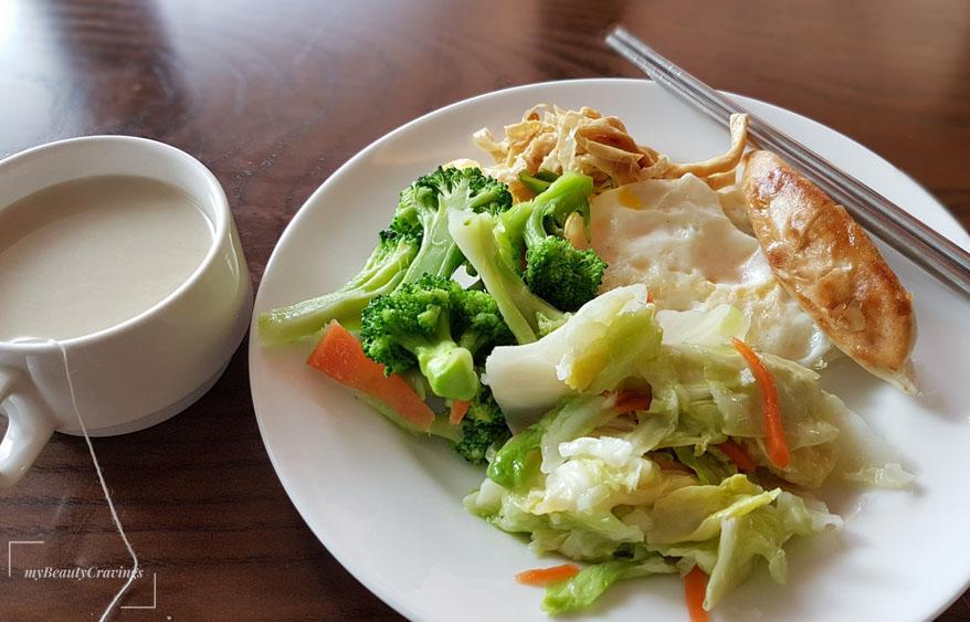 Taiwanese breakfast at Sun Sweet Hotel