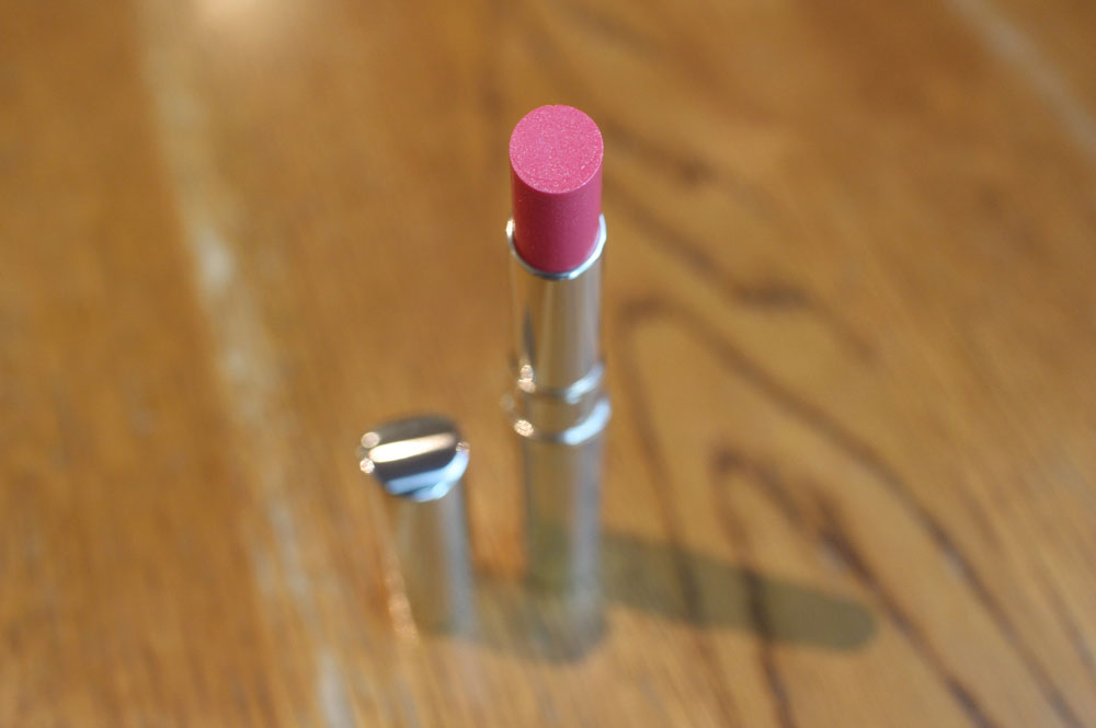 Kanebo Media Shiny Essence Lip