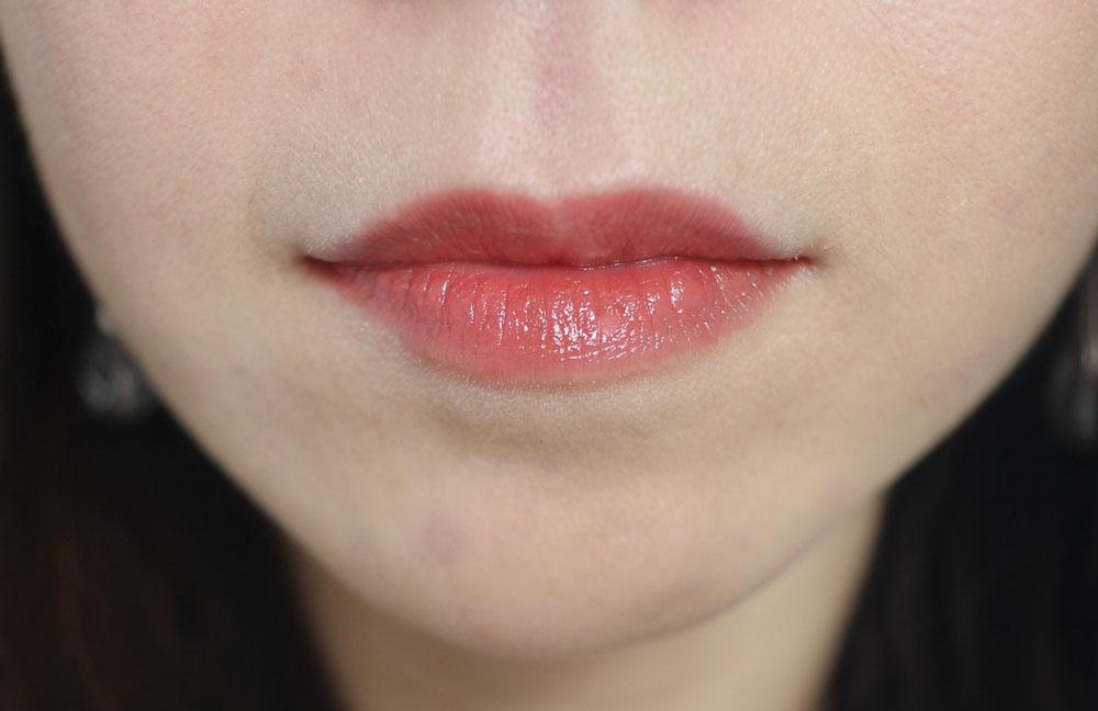 Cezanne Gloss Lipstick Swatch