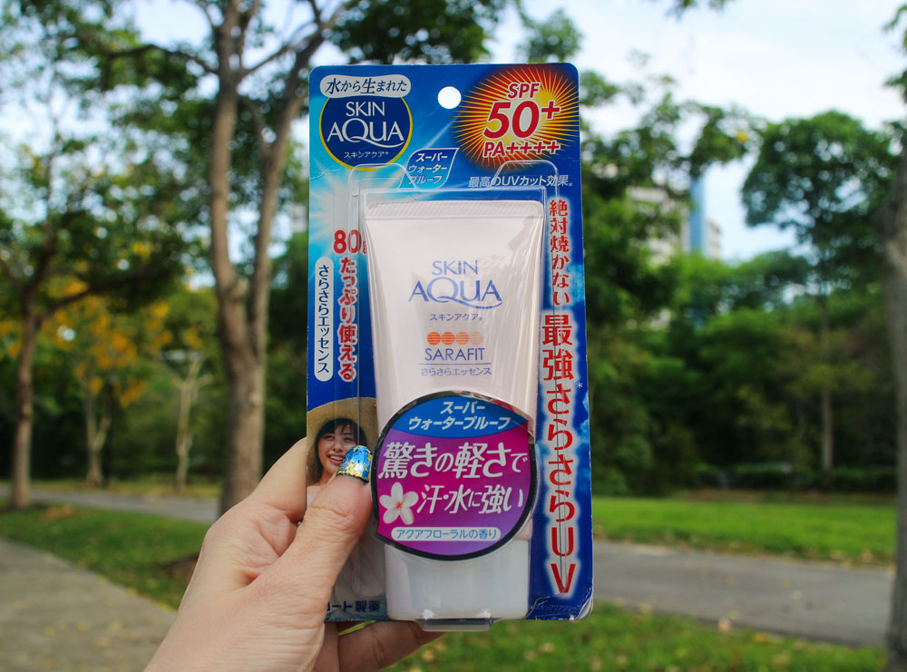 Skin Aqua Sarafit UV Essence