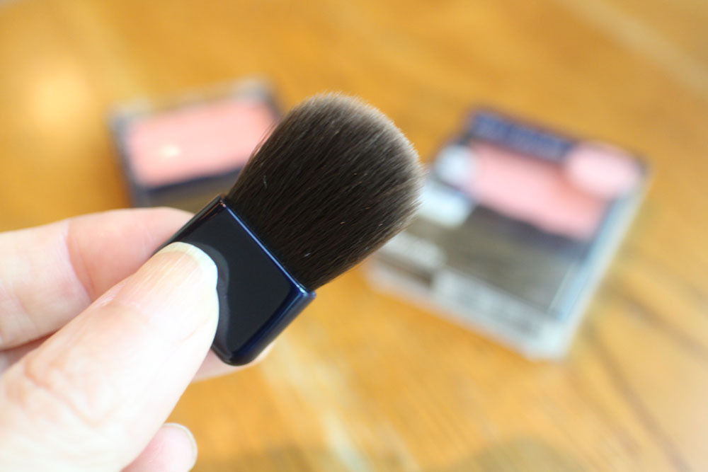 Media Blusher brush