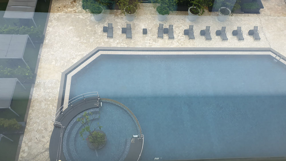 Orchard Hotel Swimming Pool